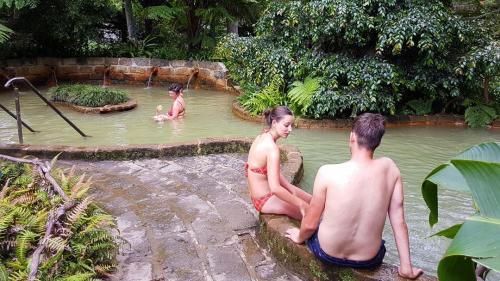 Parque-Terra-Nostra-hot-tub